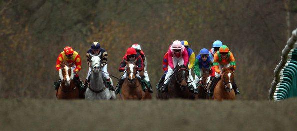 Carreras de caballos en el hipódromo de Lingfield, 13 de enero